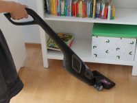Unser neuer Wirbelwind: Der Akku-Staubsauger PowerPro Uno von Philips
