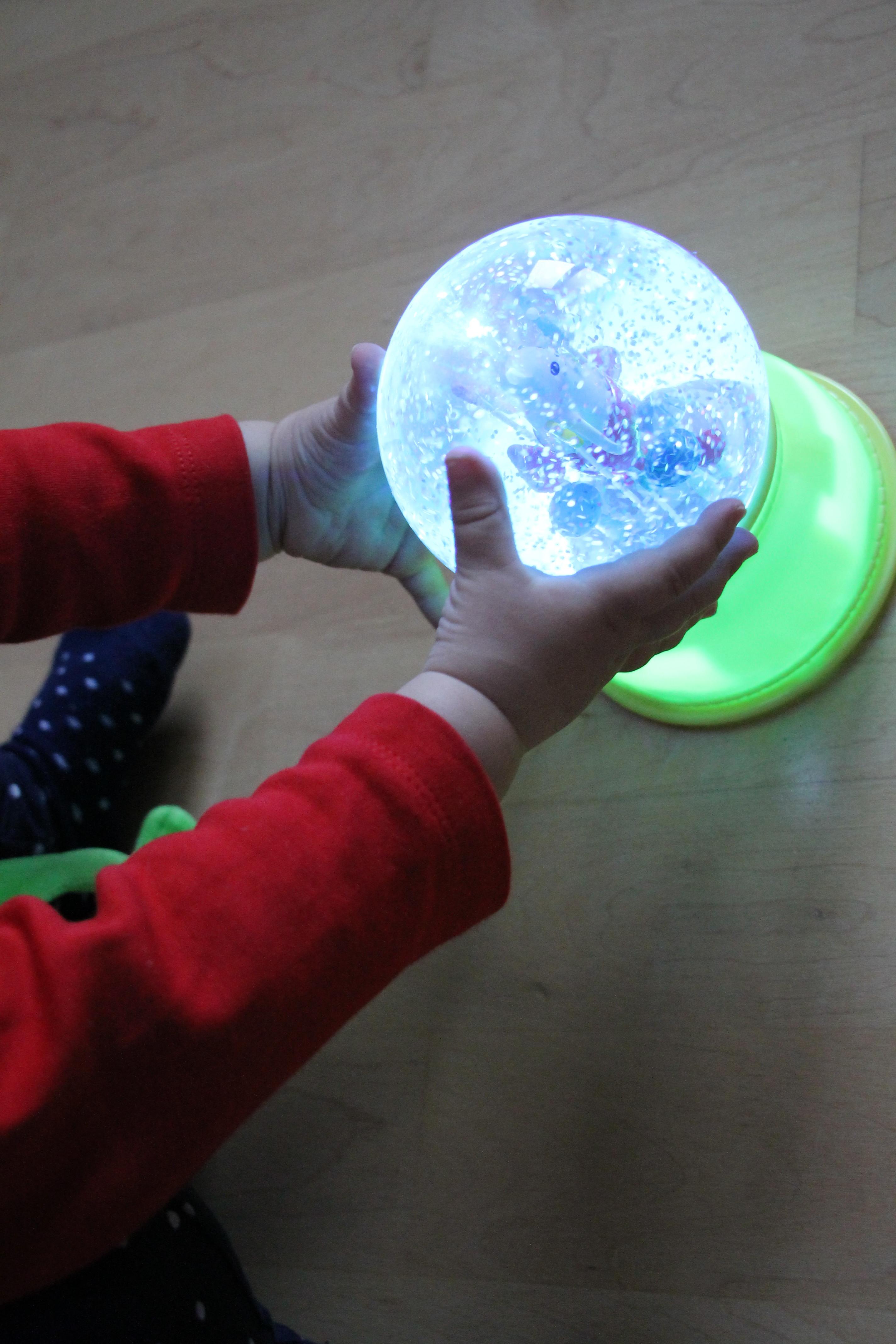 Gem tlichkeit im kinderzimmer mit einem magischen for Nachtlicht kinderzimmer