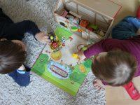 Chaosbekämpfung im Kinderzimmer: Spielzeug mieten statt kaufen