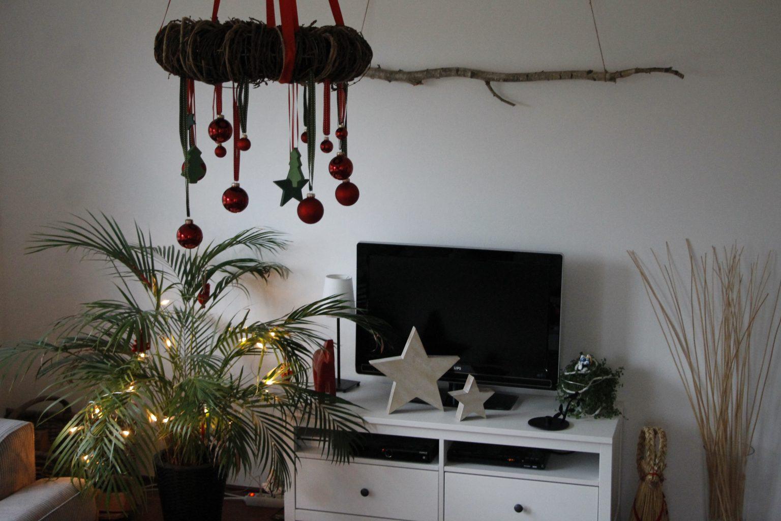 Ast dekorieren