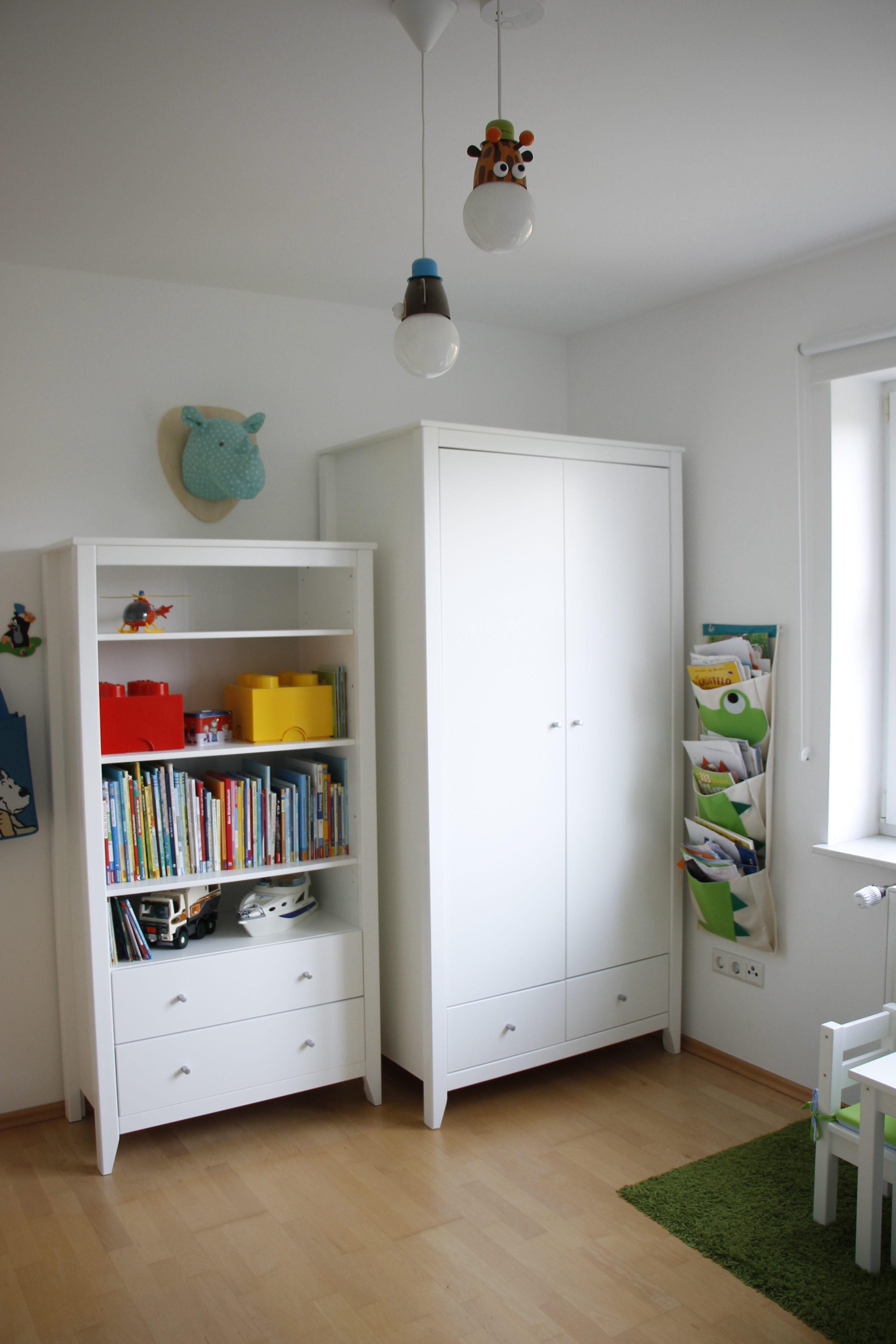 Hereinspaziert ins Kinderzimmer: Schrank Hans von Hoppekids ist da ...