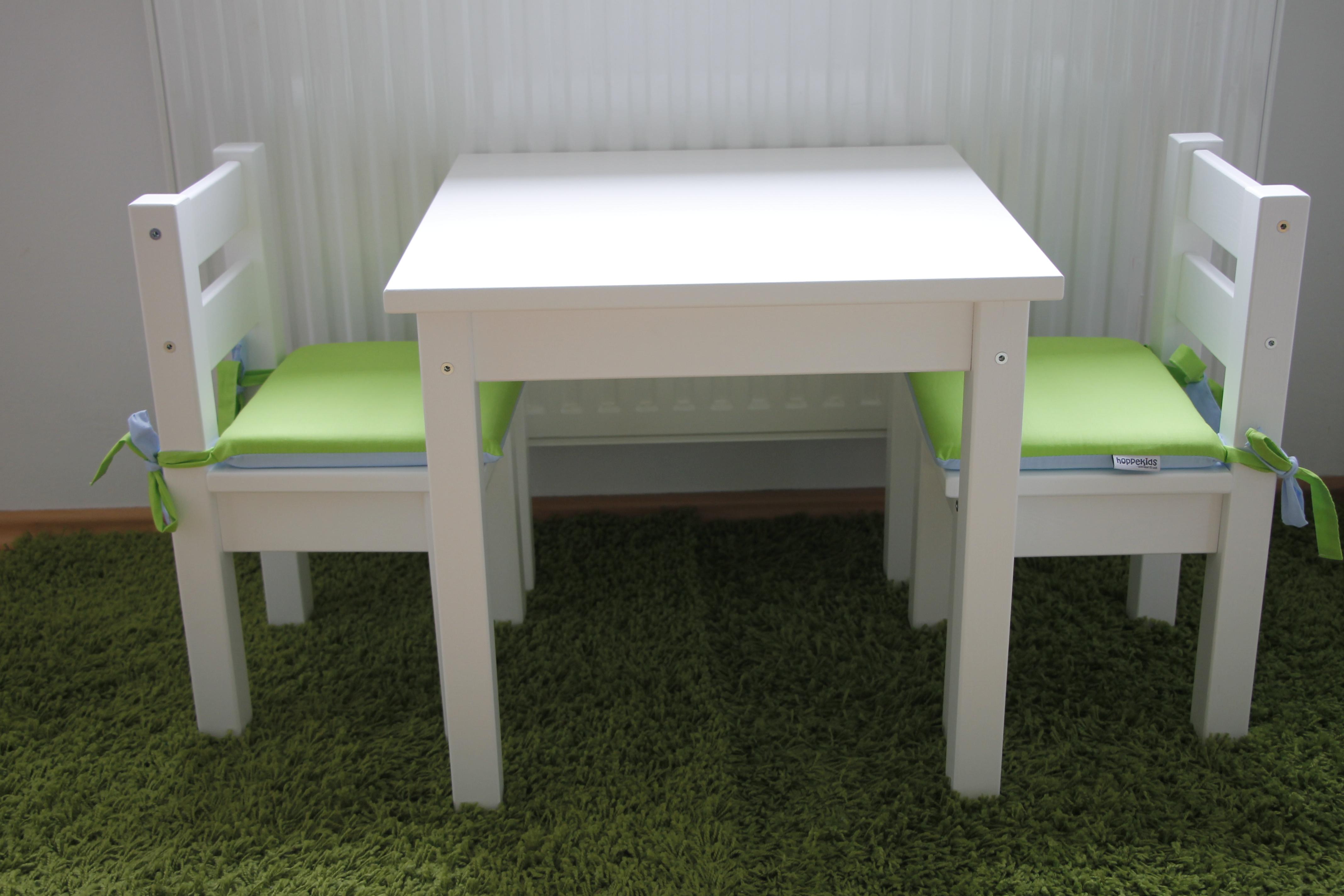 tisch f r kinderzimmer lavendelblog. Black Bedroom Furniture Sets. Home Design Ideas