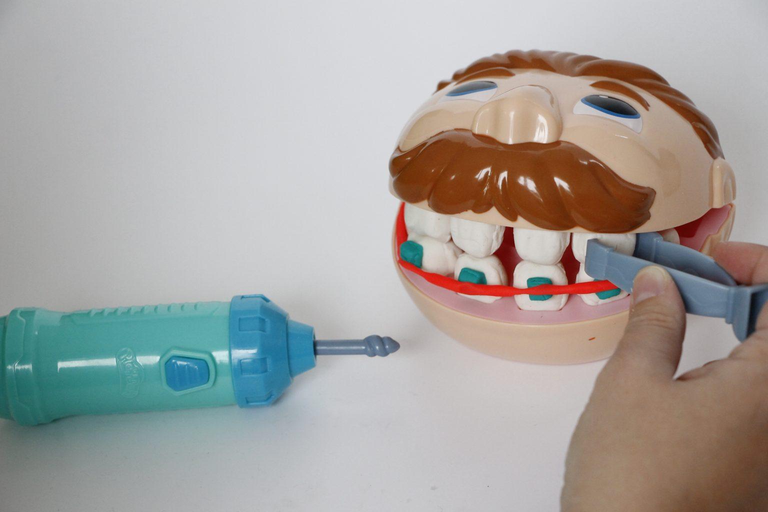 Dr. Wackelzahn Play-Doh