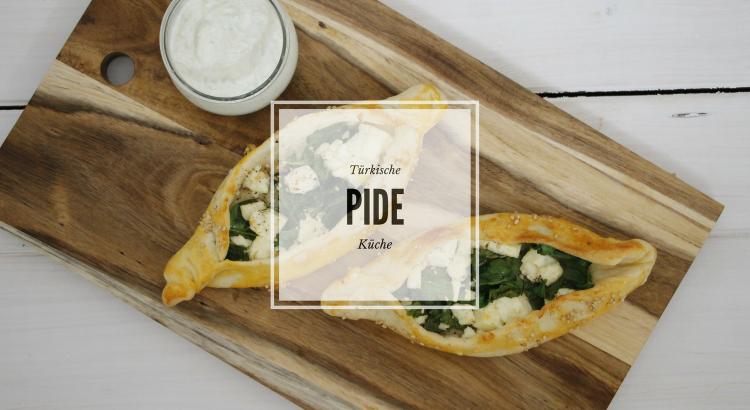 Türkische Küche: Rezept für Peynirli Pide und Ispanaklı Kapalı Pide ...
