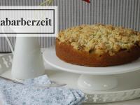 Rhabarberkuchen mit Streuseln – Hallo Rhabarberzeit!