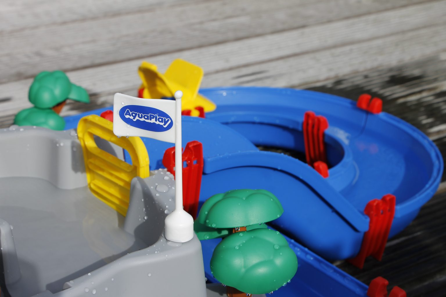 Wasserspielzeug Garten