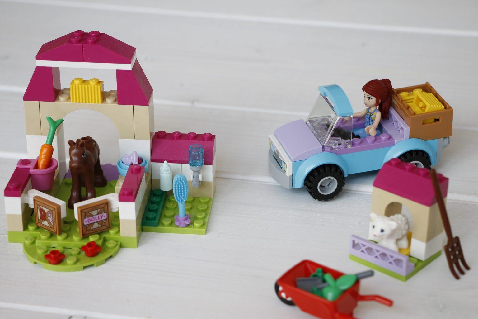 Lego Juniors Mias Pferdestall