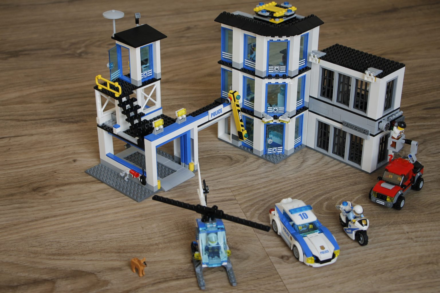 Lego Polizeistation 2017