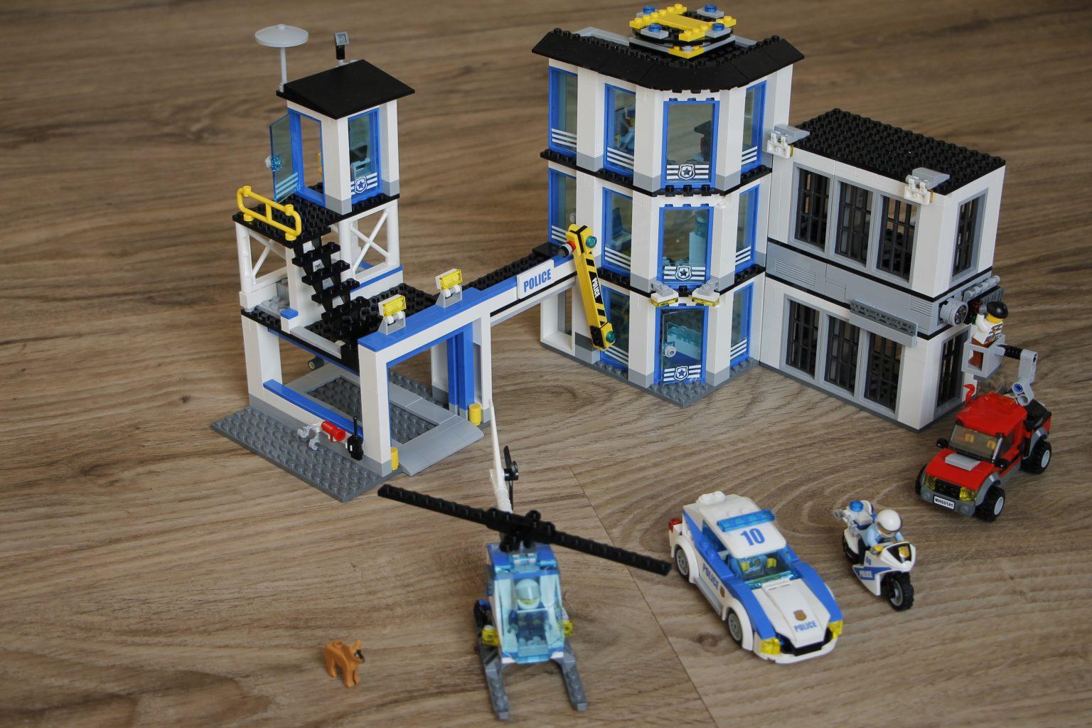 Lego Polizeistation 2017