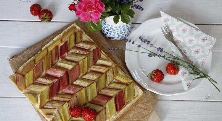 Rhabarber-Pudding-Kuchen