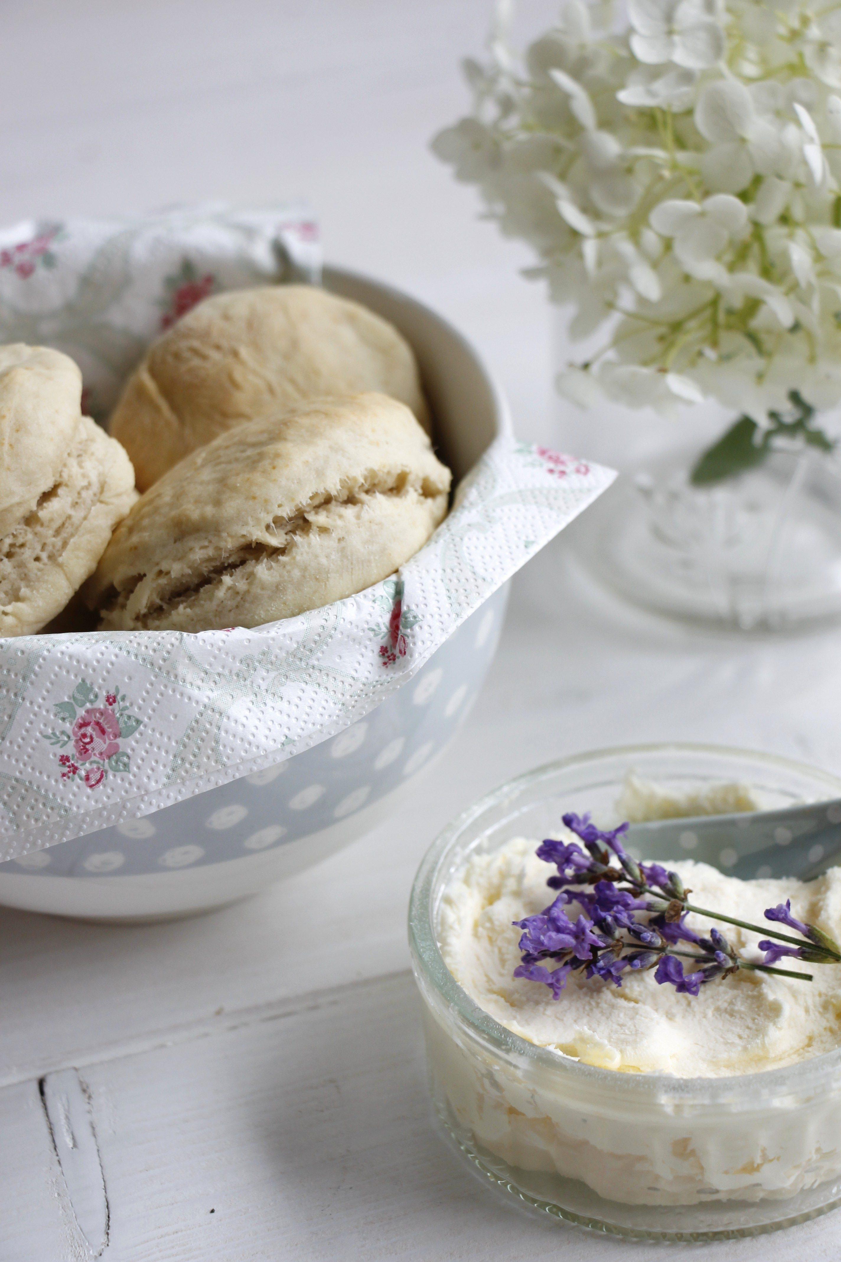 clotted cream rezept einfach lavendelblog. Black Bedroom Furniture Sets. Home Design Ideas