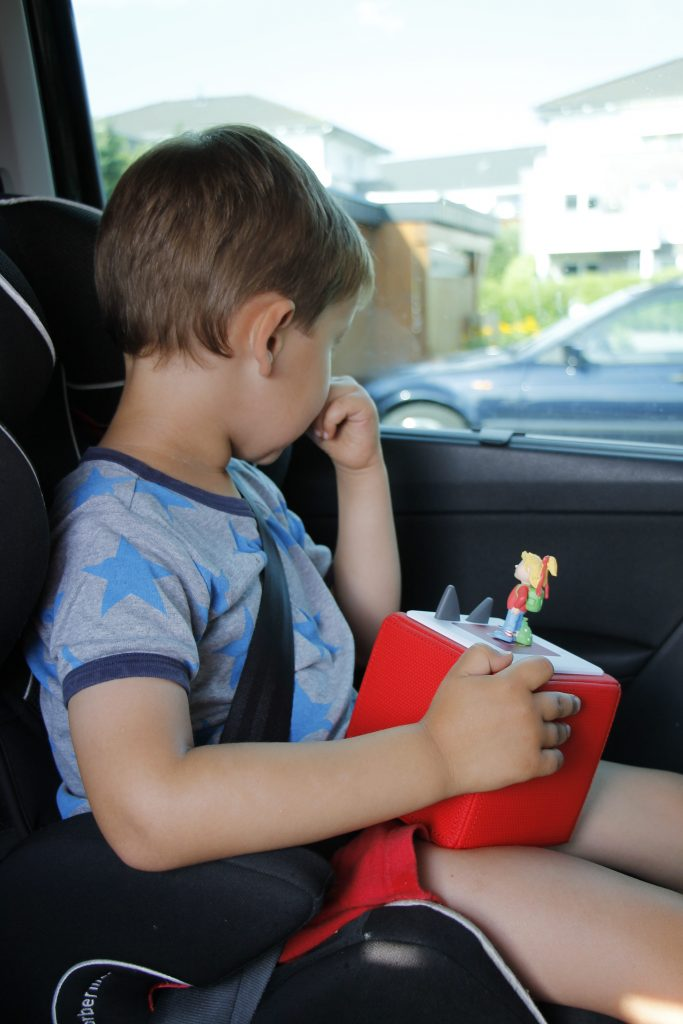 anzeige lange autofahrten mit kindern meistern mit der. Black Bedroom Furniture Sets. Home Design Ideas