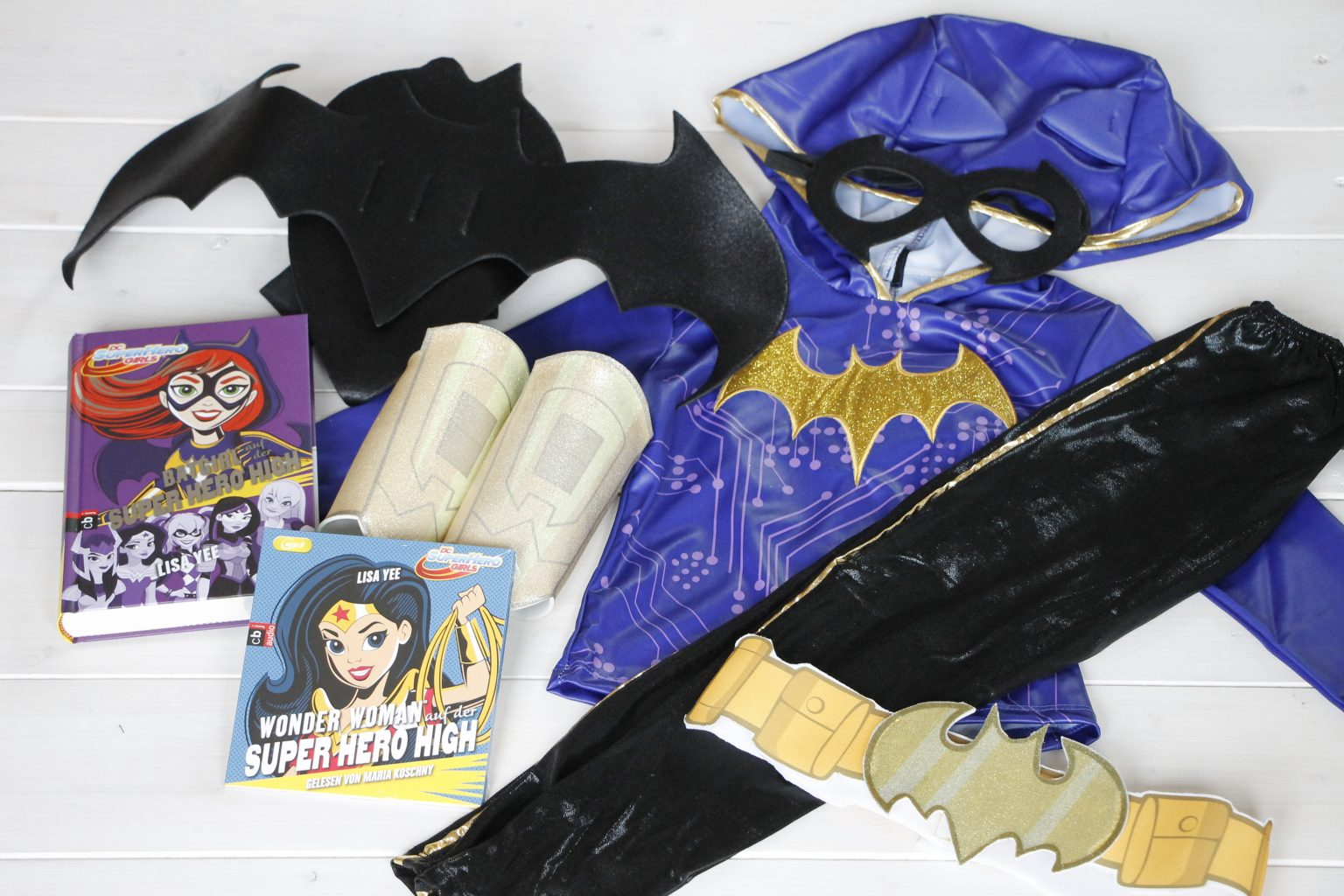 DC Super Hero Girls Gewinnspiel Fan-Paket