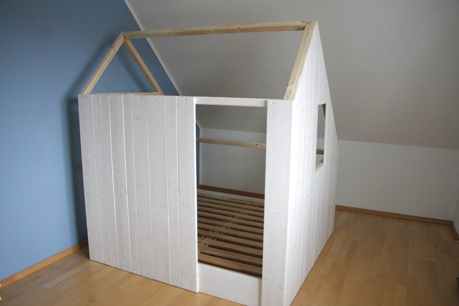 DIY Spielhaus bauen