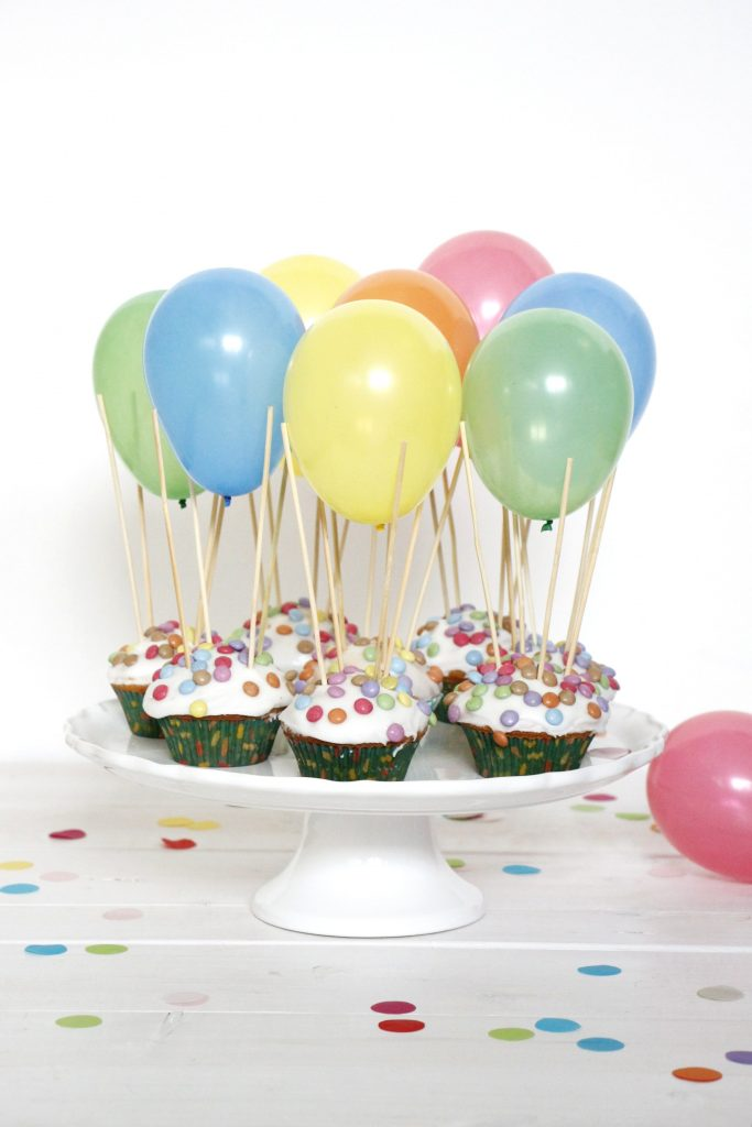idee f r den kindergeburtstag rezept f r hei luftballon muffins lavendelblog. Black Bedroom Furniture Sets. Home Design Ideas