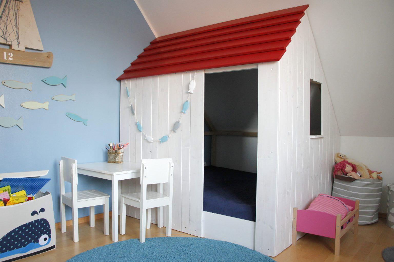 Holzspielhaus Kinderzimmer