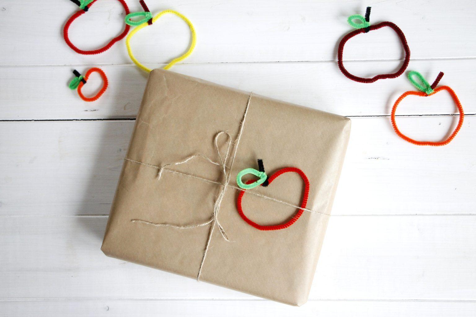 Pfeifenreiniger Geschenkanhänger