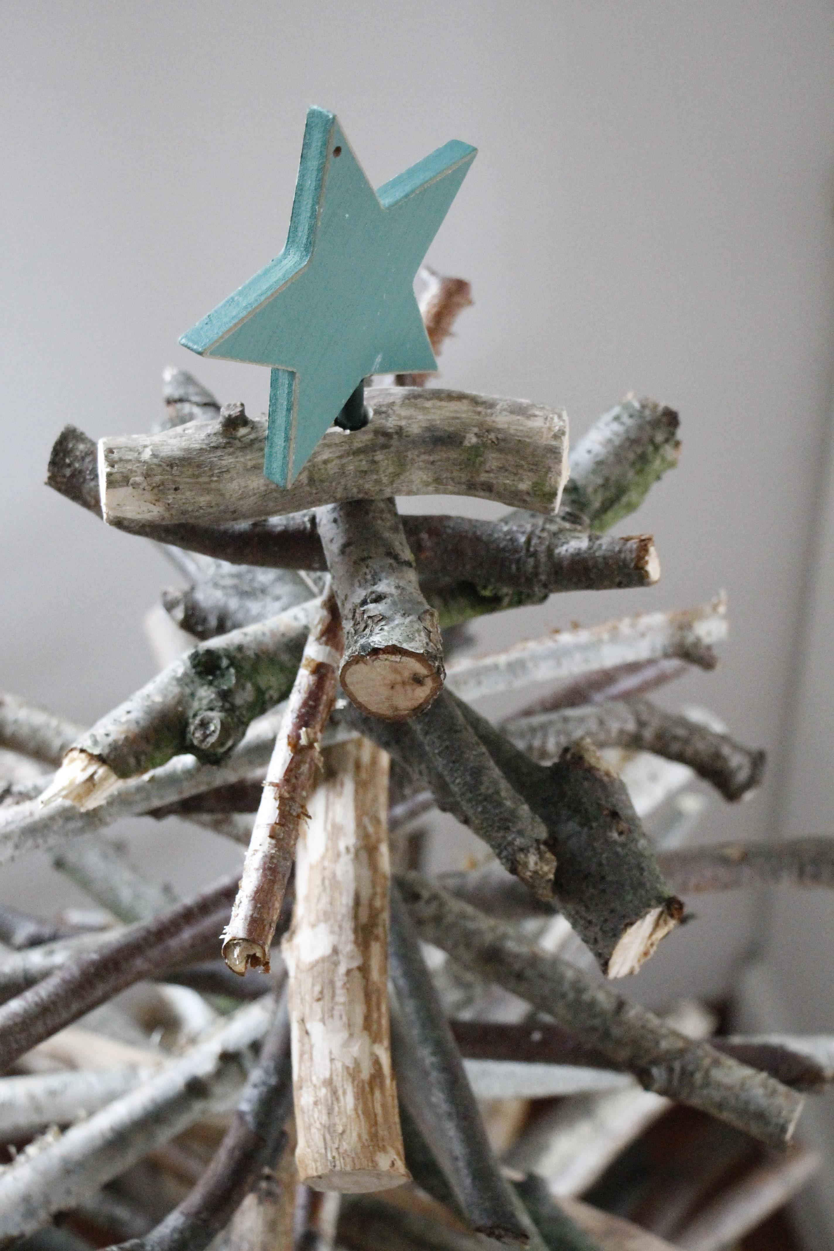 weihnachtsbaum aus sten bauen lavendelblog. Black Bedroom Furniture Sets. Home Design Ideas