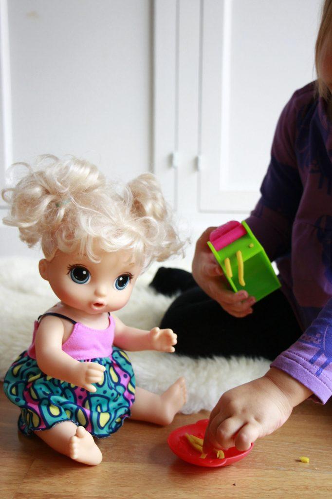 Geschenkidee Mädchen Puppe