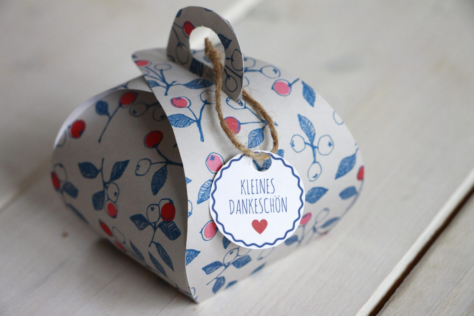Geschenkbox basteln Dankeschön-Geschenk