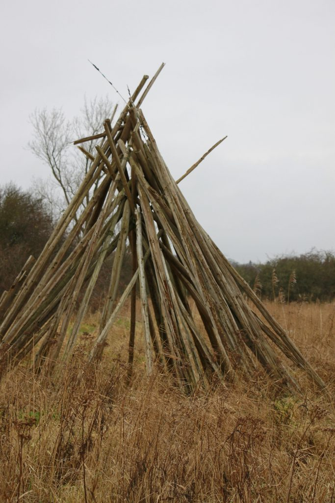 Holz-Tipi