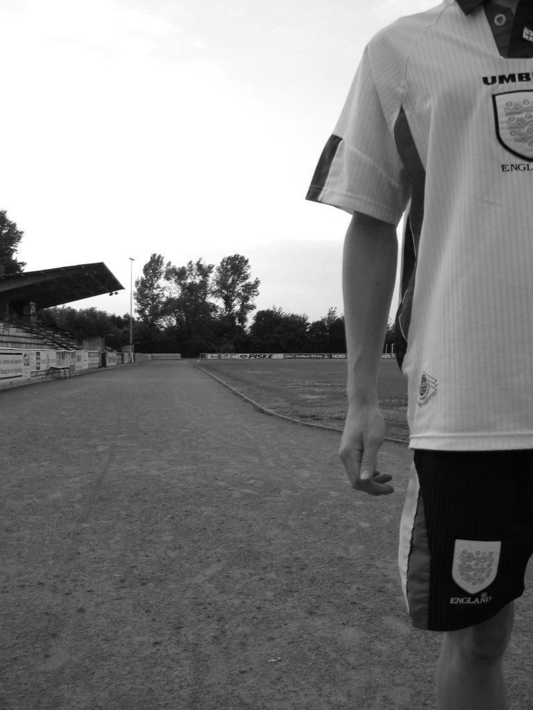 Fußballstadion mit Kindern Telekom Sportpaket