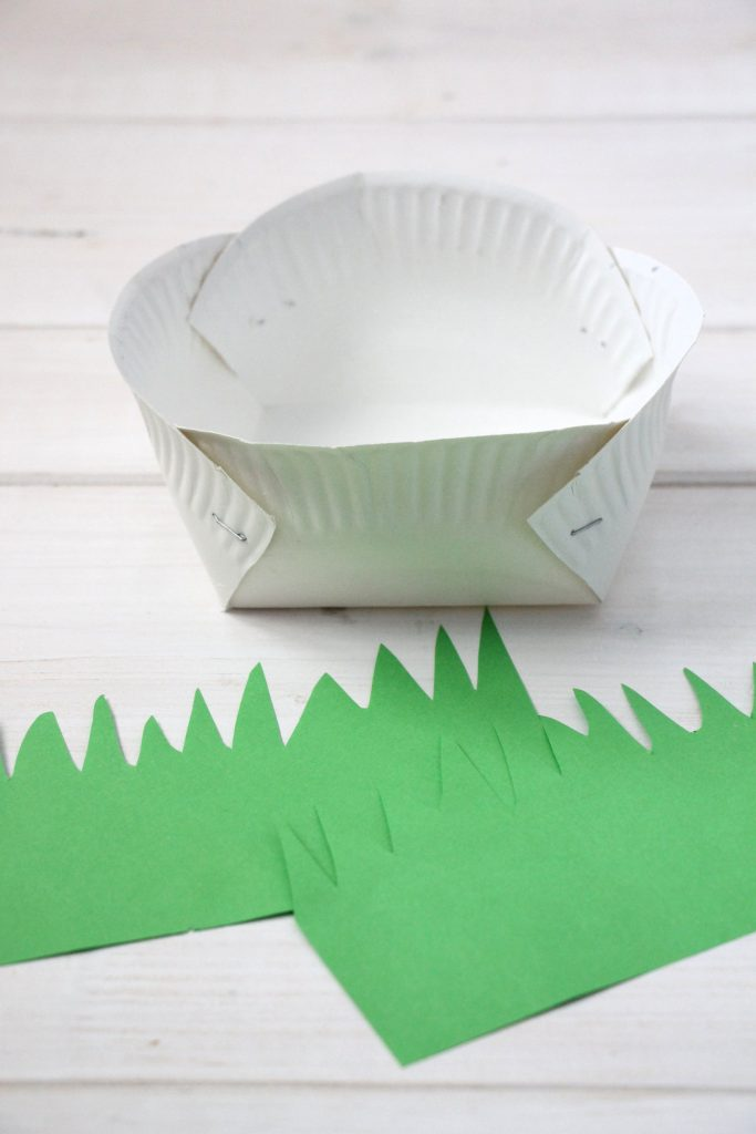 bastelidee zu ostern pappteller osterk rbchen und ideen f r ein ostergeschenk inkl. Black Bedroom Furniture Sets. Home Design Ideas
