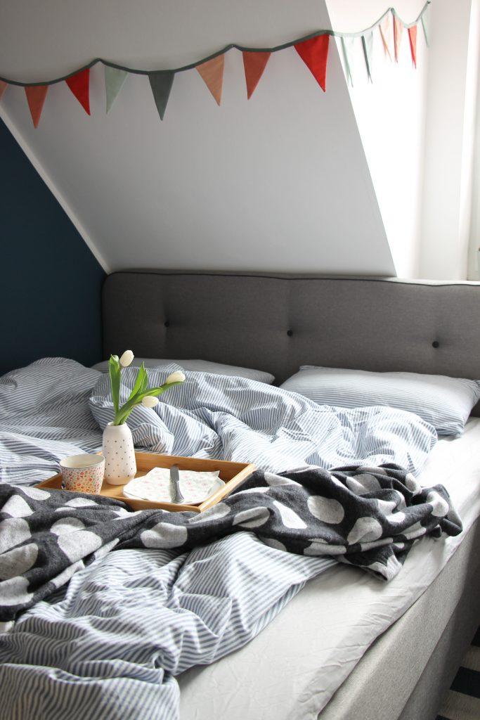 Anzeige ein schlafzimmer im scandi style einrichten mit for Tapete skandinavischer stil