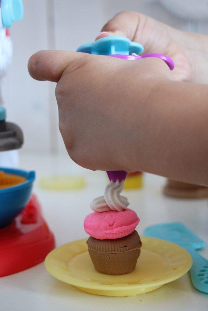 kneten mit Play-Doh Erfahrungen