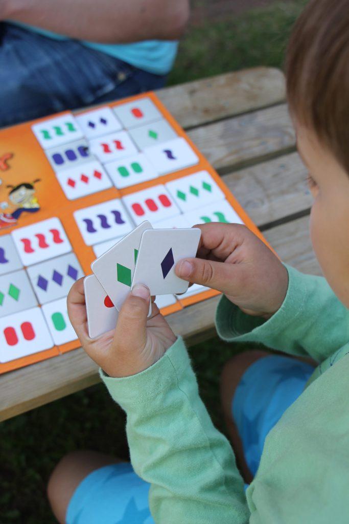 Gesellschaftsspiele für Kinder logisches Denken