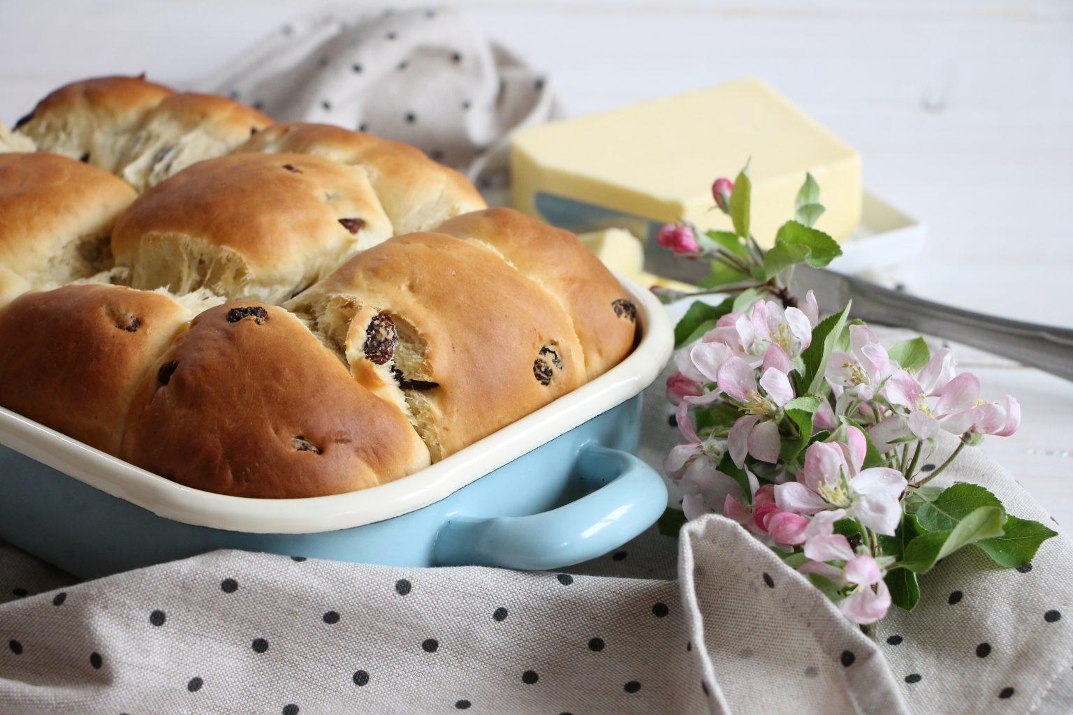 Rezept Hefeteig-Brötchen süß