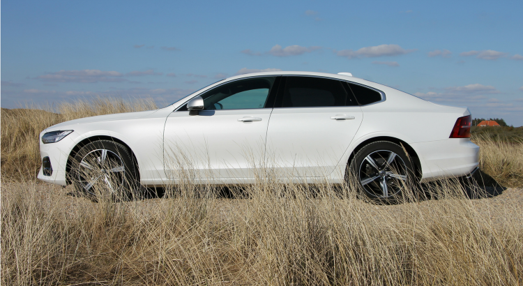 Volvo S90 D5 AWD Test