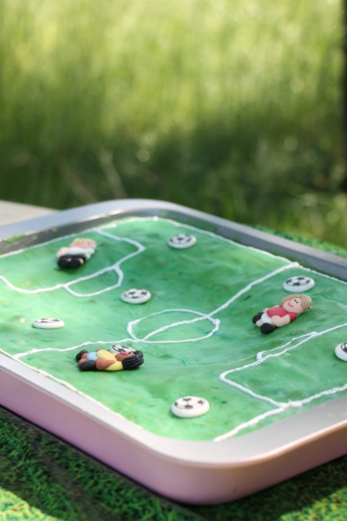 Fußballfeld Kuchen WM Party OTTO
