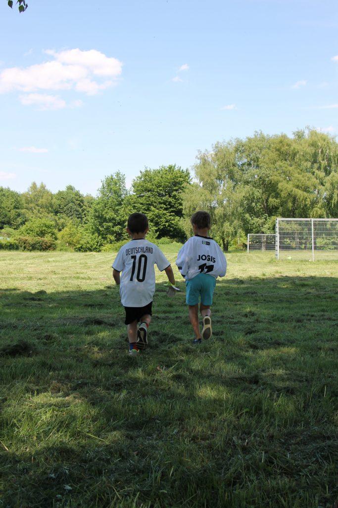 Fußballparty Kindergeburtstag Ideen OTTO