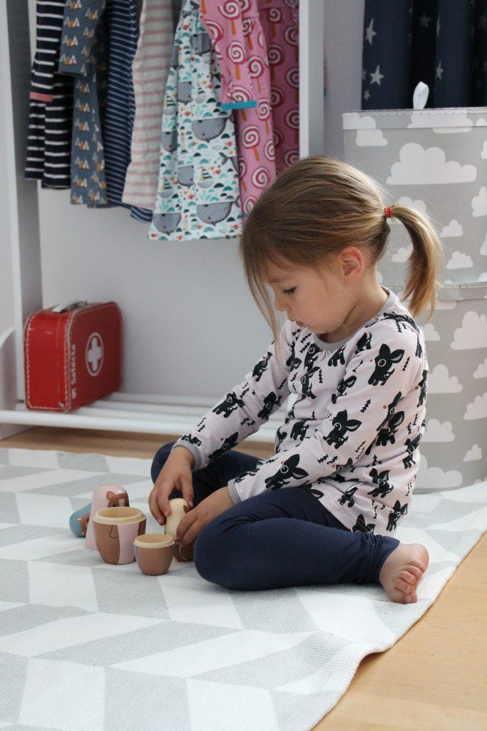 Kinderzimmer schlicht einrichten
