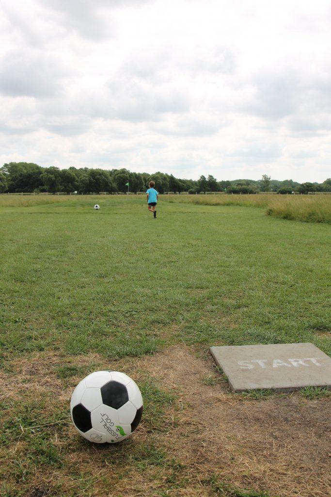 Fußballgolf spielen Weissenhäuser Strand