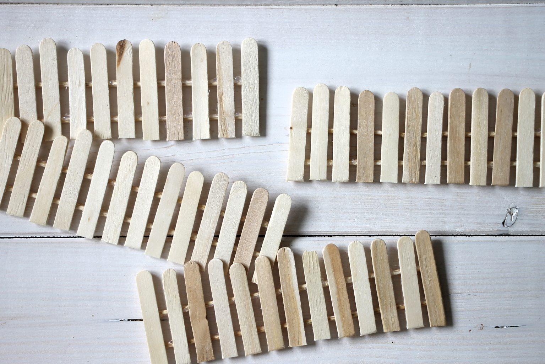 DIY Zäune aus Eisstielen selber bauen