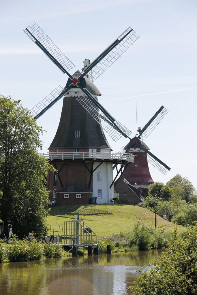 Greetsiel Windmühlen BestFewo