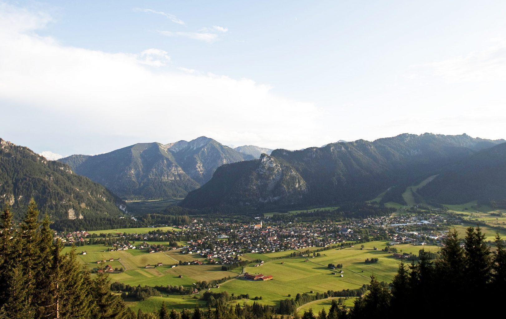 Blick auf Oberammergau vom AUfacker