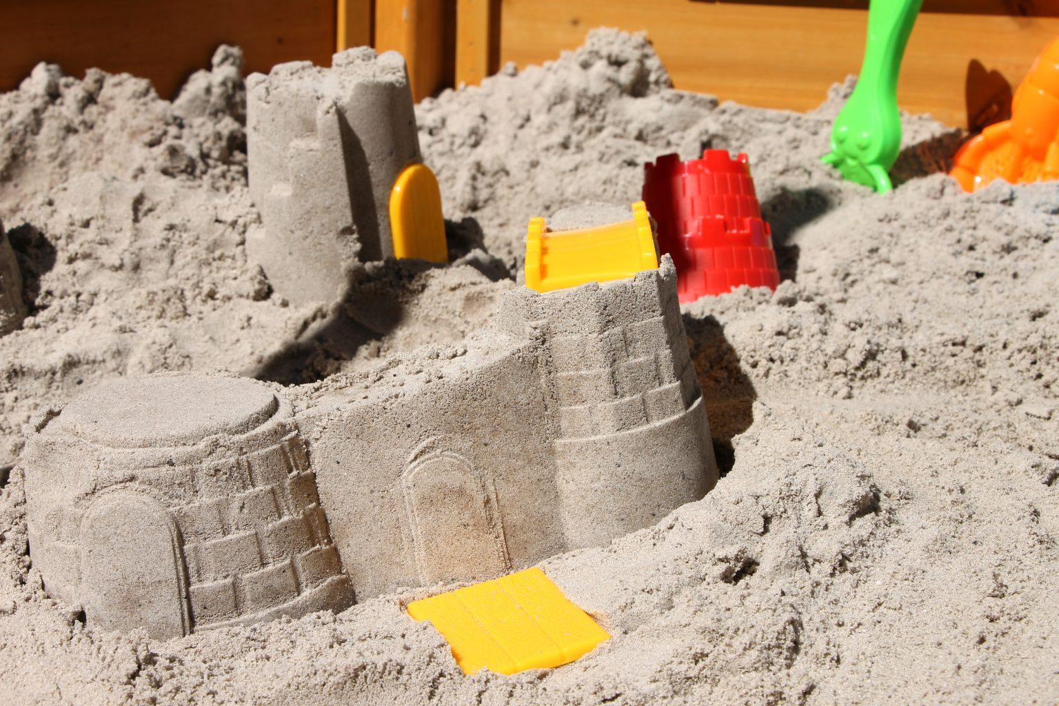 Sandspielzeug Burg Fippla