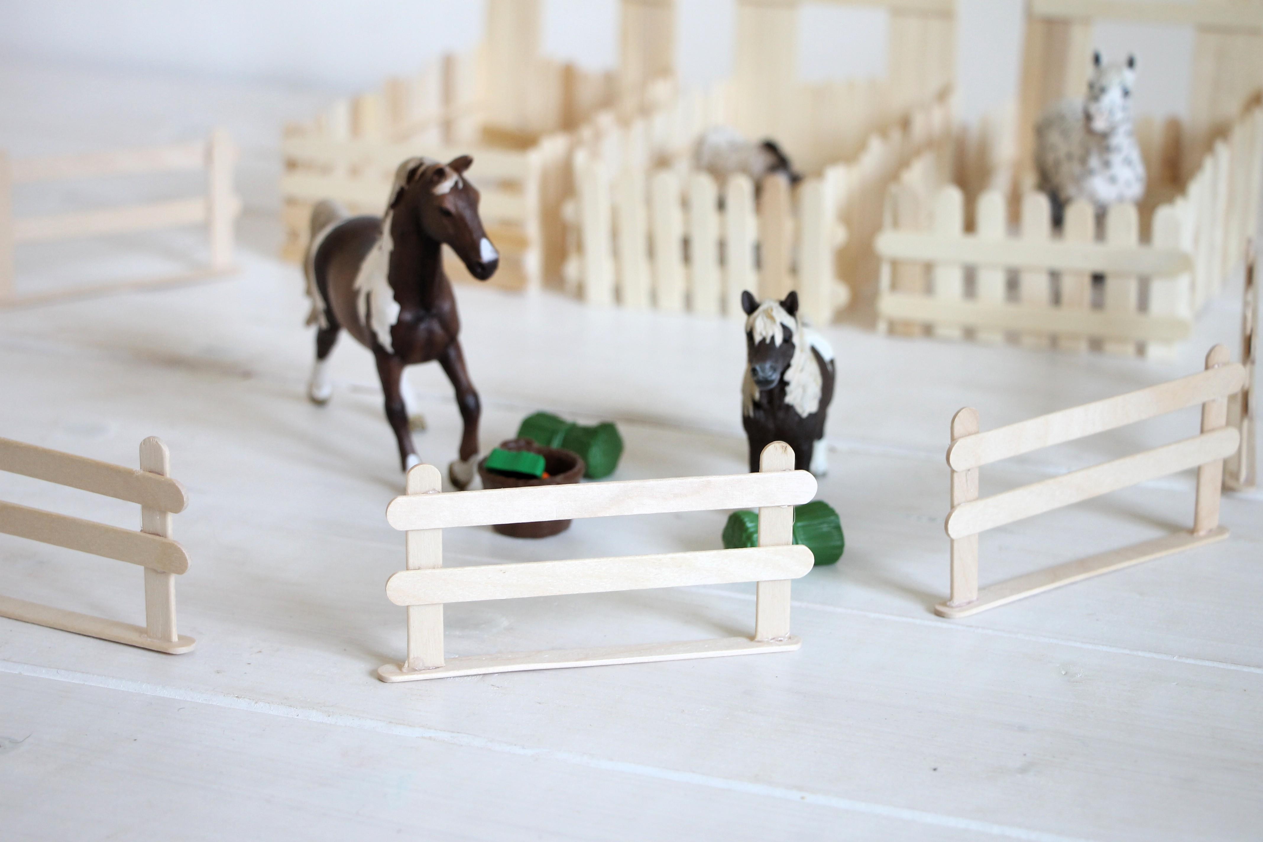 pferdestall bauen anleitung lavendelblog. Black Bedroom Furniture Sets. Home Design Ideas