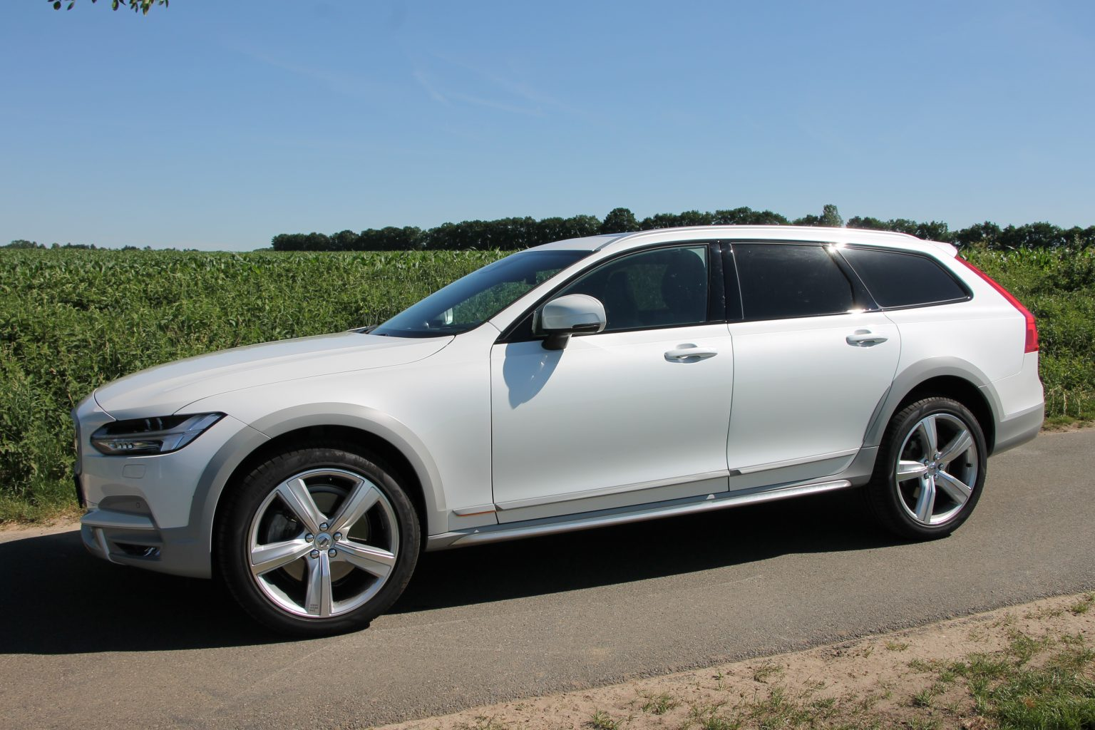 Volvo V90 Cross Country technische Daten
