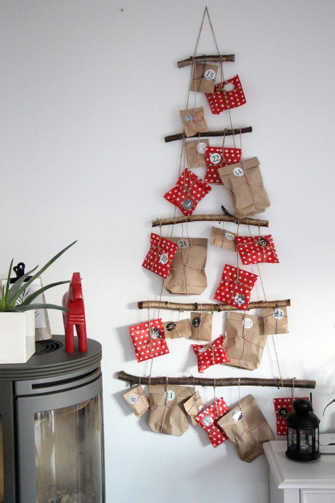 DIY Weihnachtsbaum basteln Äste