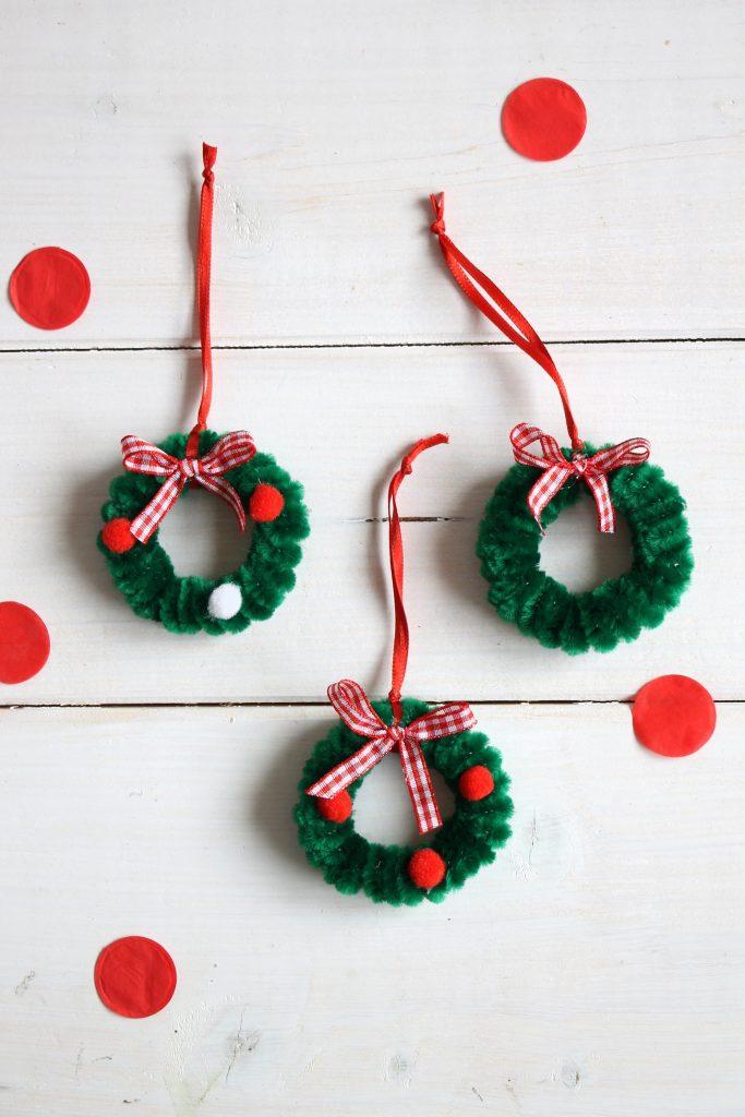 Weihnachtskränze Pfeifenreiniger DIY