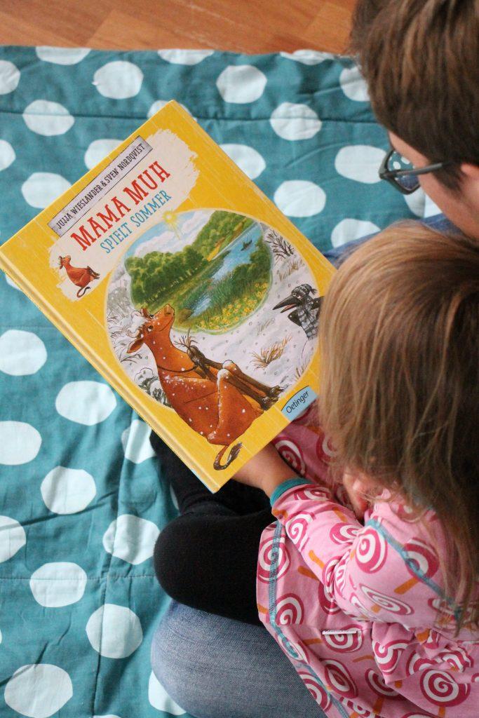 neues Mama Muh Buch Mama Muh spielt Sommer