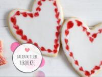 Idee zum Muttertag oder Valentinstag: Herzkekse backen