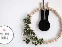 DIY: Skandi-Kranz aus Holzkugeln