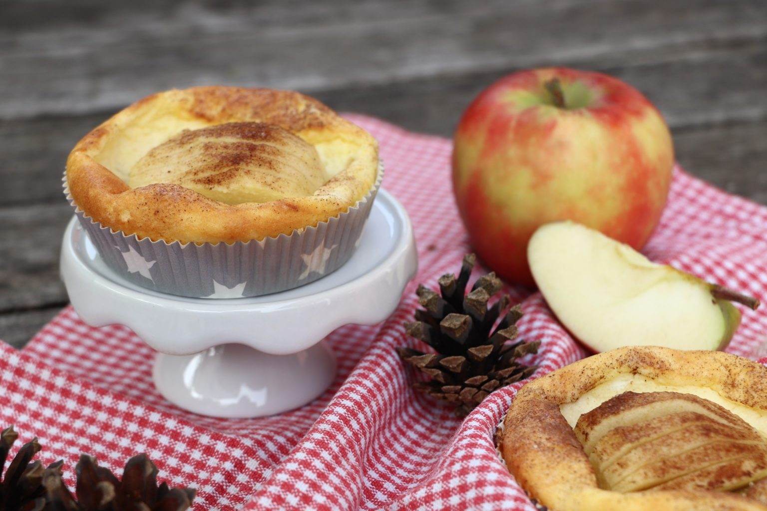 Apfel-Törtchen mit Quark Rezept