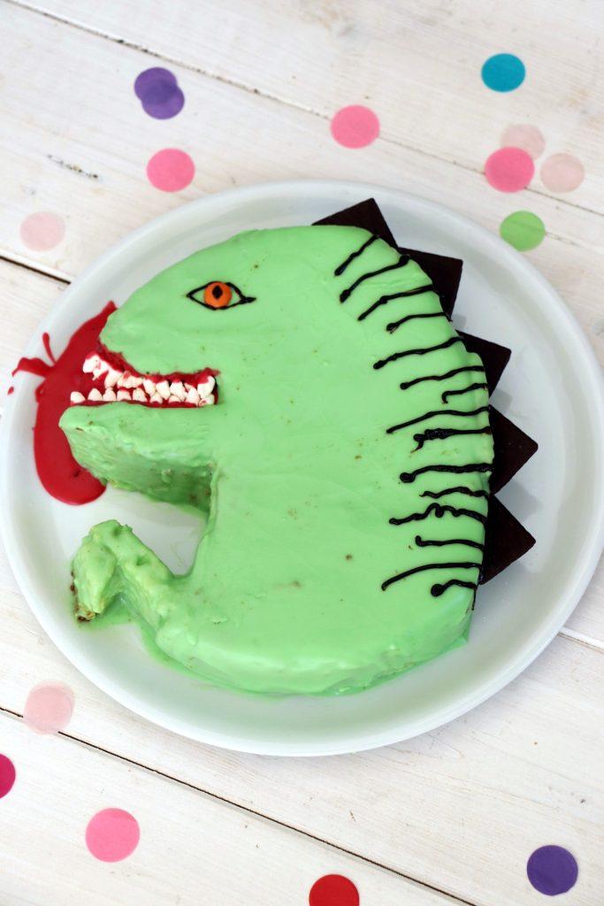 Dinokuchen Kindergeburtstag