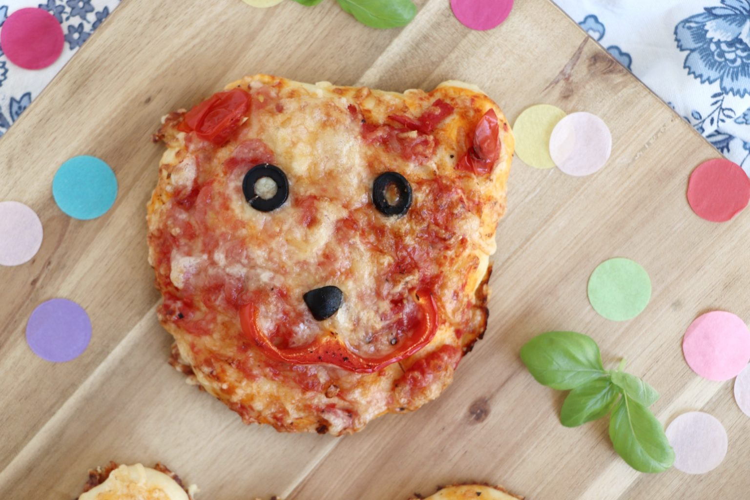 Kinderpizza Bär